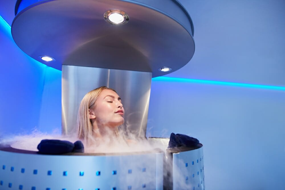 How a sub-zero cryotherapy chamber can help your muscles